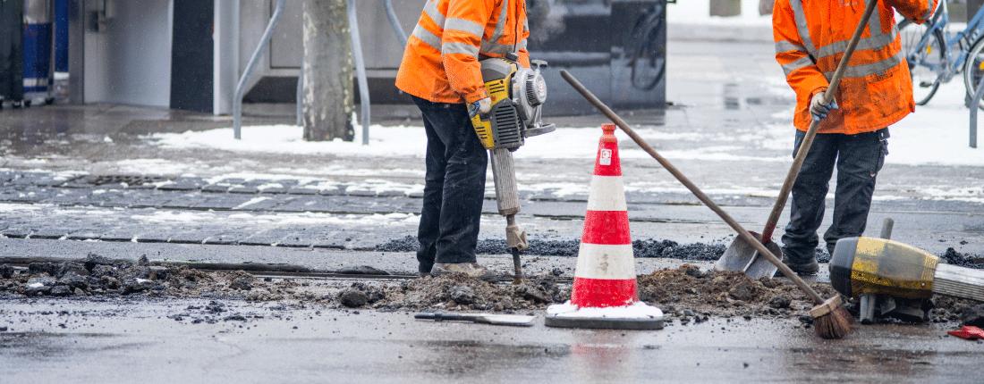 Worker Beware Dig Safely